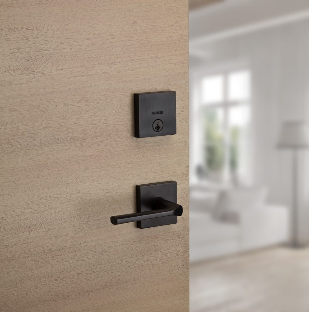 GD1471 downtown single cylinder deadbolt featuring smartkey in venetian bronze lifestyle1
