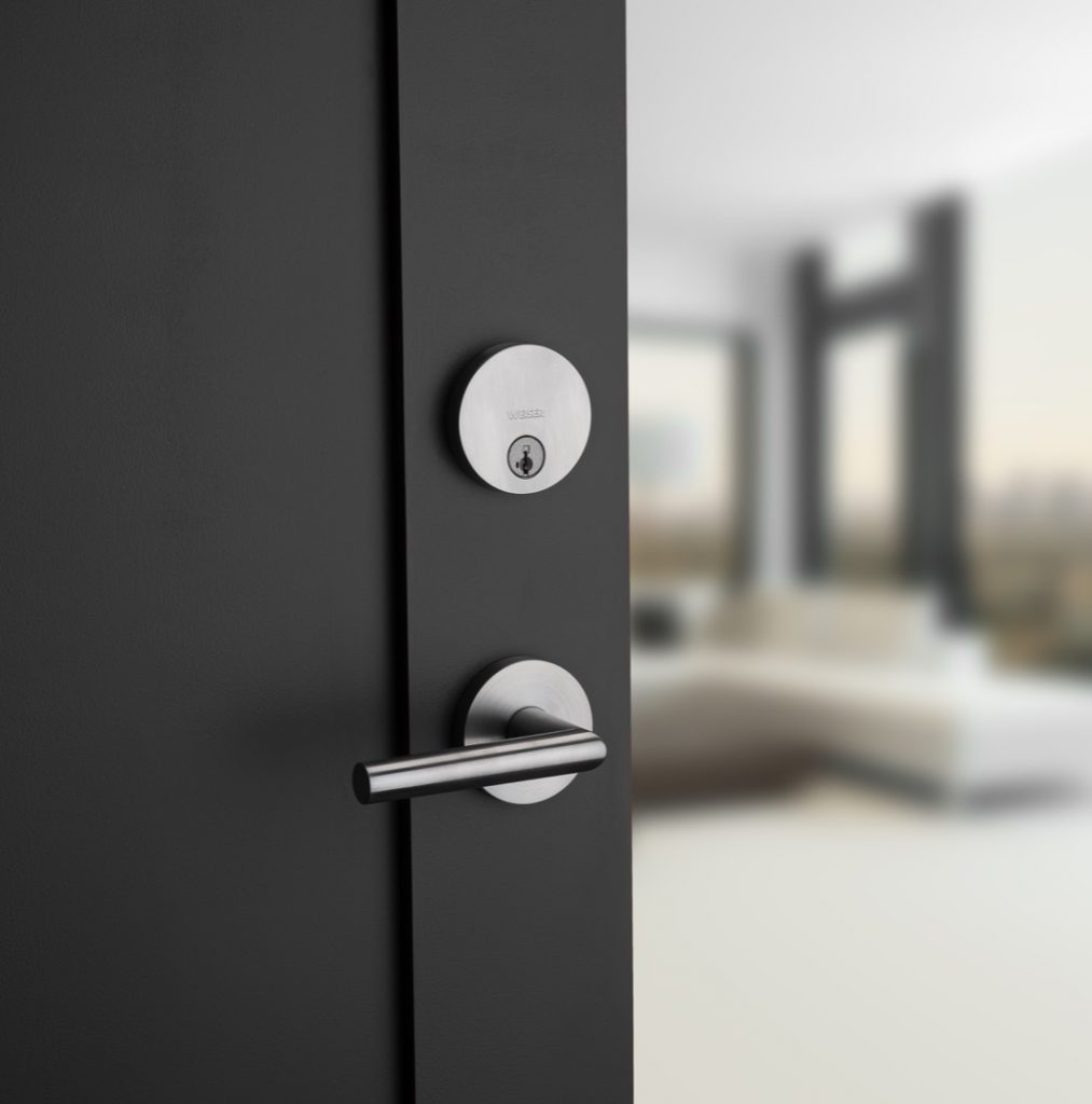 GD1471 uptown single cylinder deadbolt featuring smartkey in satin chrome lifestyle1