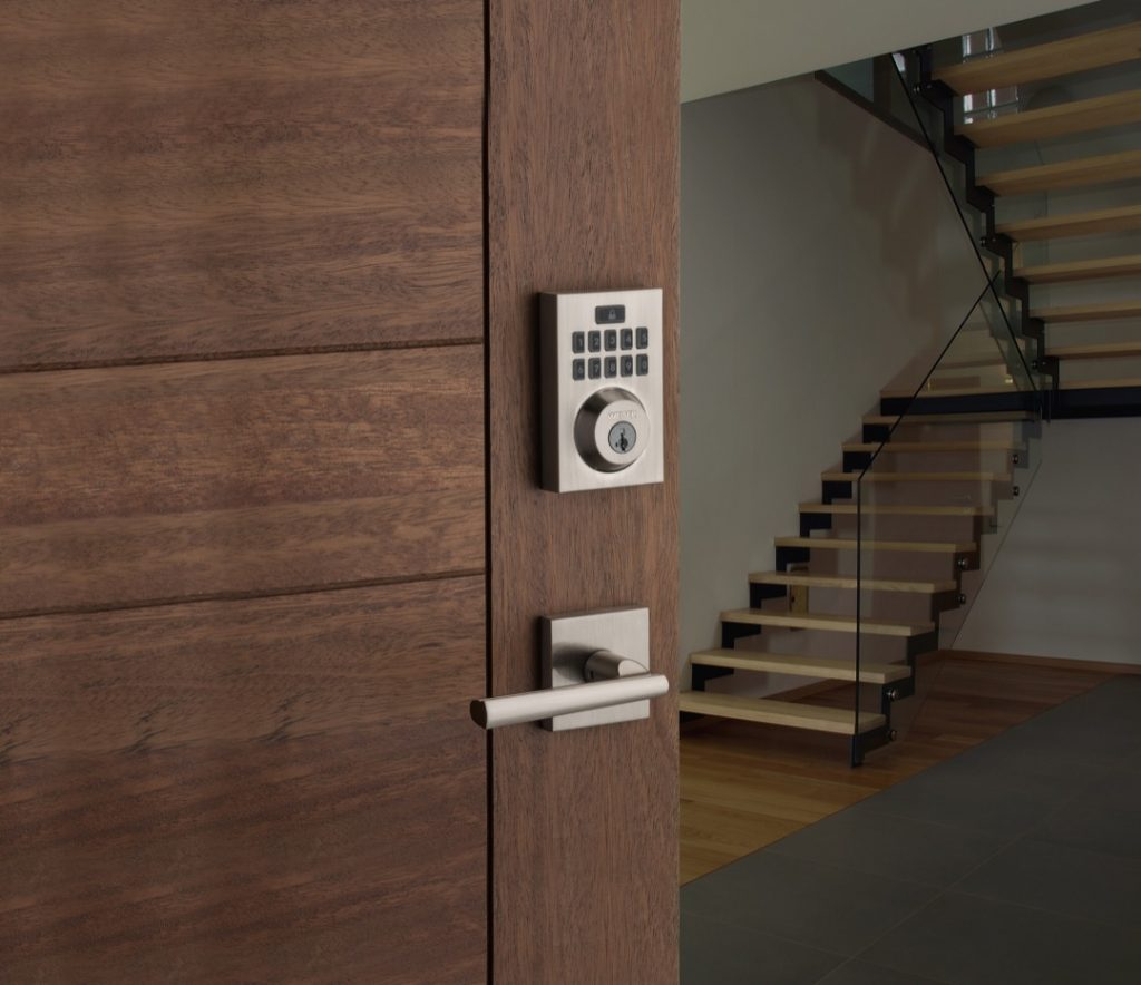 Smartcode 10 contemporary electronic lock featuring smartkey in satin chrome lifestyle