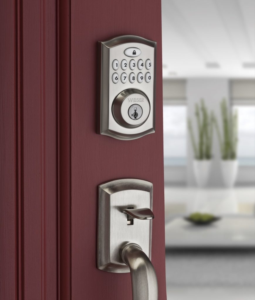 Smartcode 10 electronic lock featuring smartkey in satin nickel lifestyle