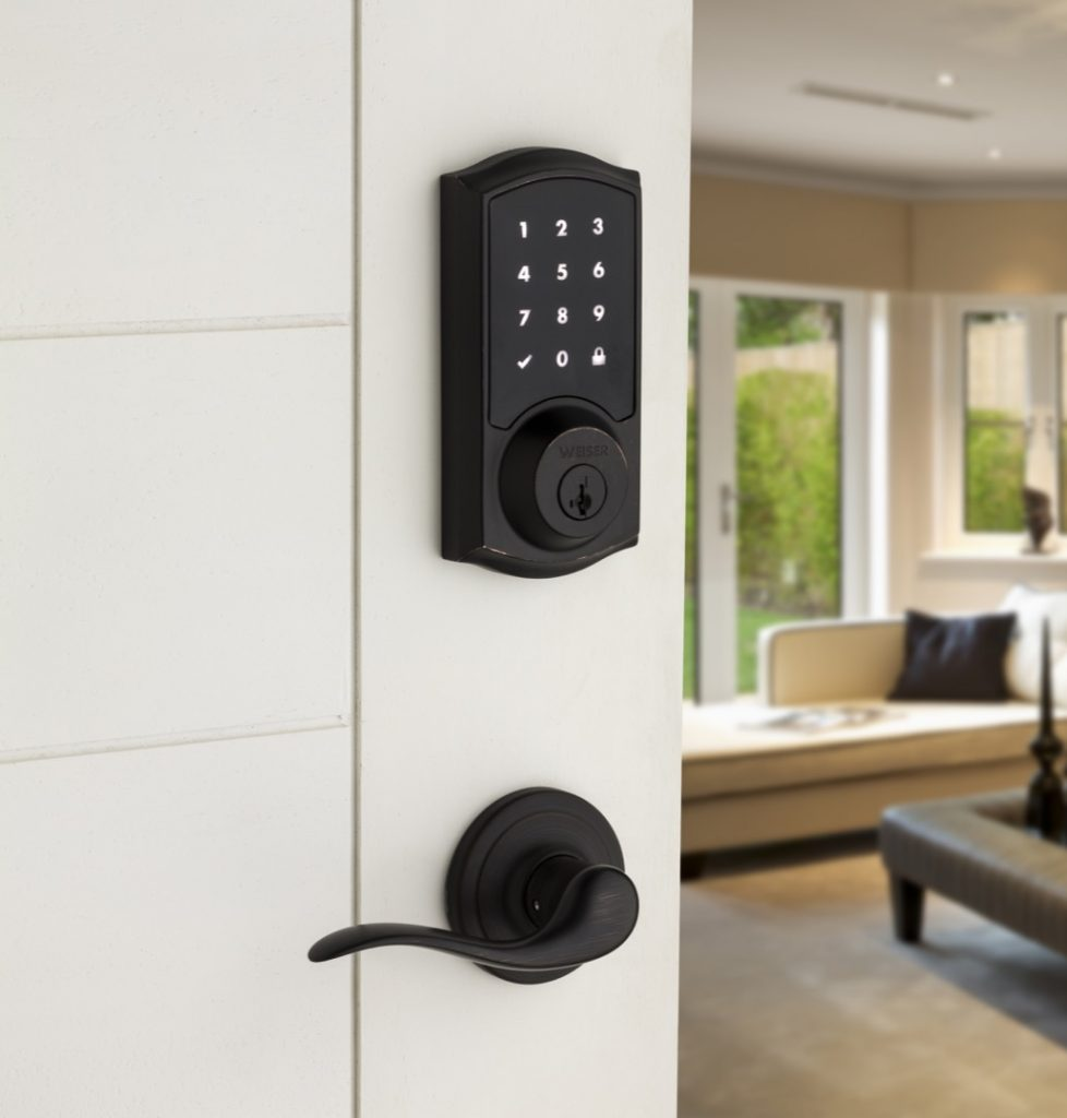 Smartcode Touch electronic lock featuring smartkey in venetian bronze lifestyle